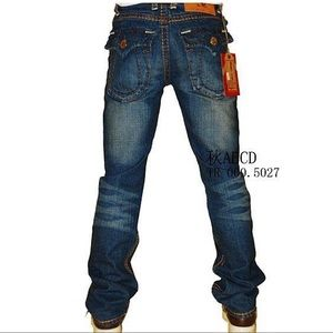 True Religion | Bobby Super T Straight Jeans 36